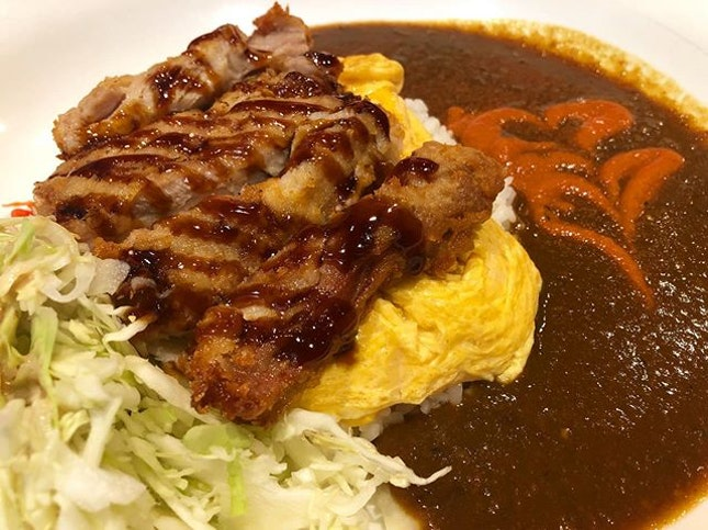 When soft omelette and fried chicken cutlet gets together in a pool of delicious Japanese curry.