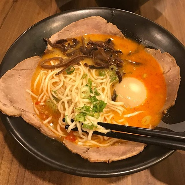 Spicy, original and Black Garlic Tonkatsu Ramen from @ramenchampion_sg @clarkequaycentral Two of us shared the 3 bowls 😬 and after the #yummy meal, we walked it off along the scenic river 😄 #FaveEatsSg