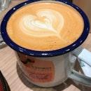 Teh tarik with latte art at @tiongbahrubakery @funansg Sooo pretty 😍 .