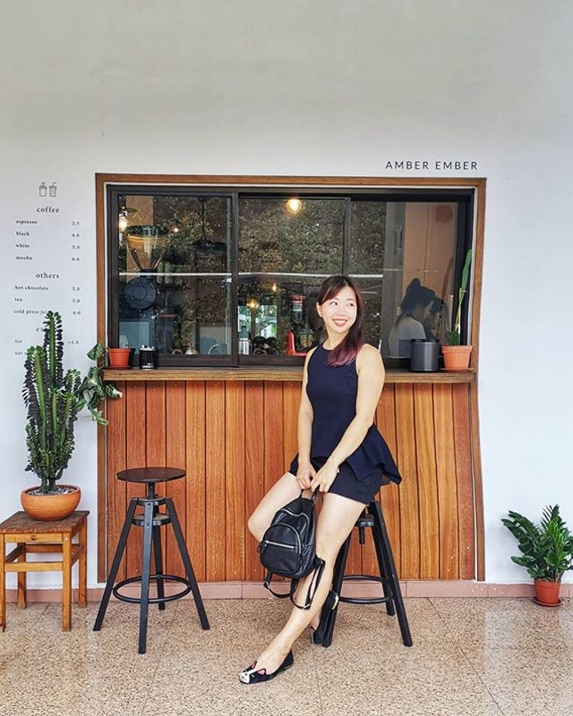 New chic cafe at Upper Serangoon Road / Kovan -  @amberembersg 🎉  Love the instagrammable designs and the smooth, strong coffee ☕☕☕ Full review link in bio.
