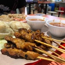 Chicken Satay with Longtong and Cucumber