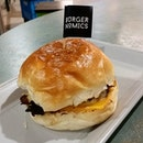 Deluxe Burger from Burgernomics!