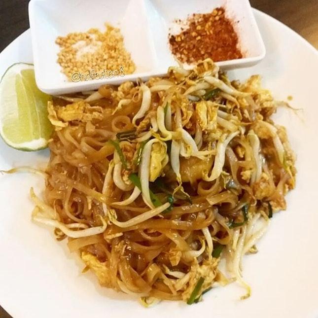 Prawn Pad Thai from Sanuk Thai!