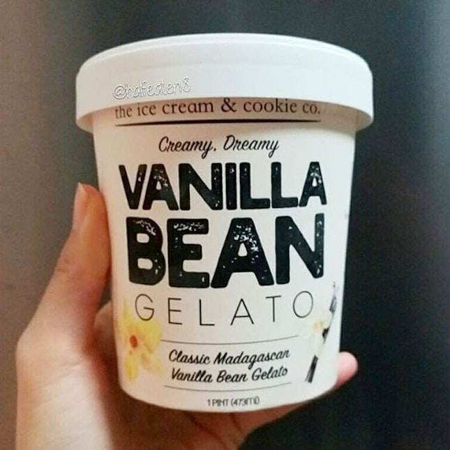 Vanilla Bean ice cream from The Ice Cream & Cookie Co!