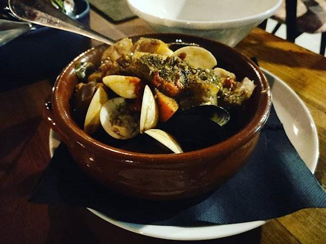 Moroccan Claypot 👍🏻👍🏻👍🏻 $29++ .