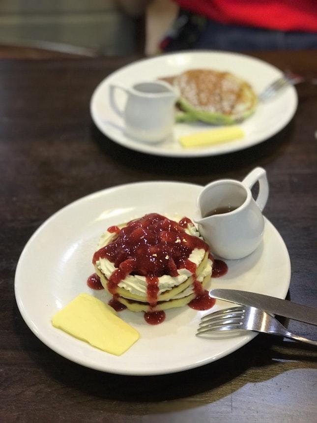 Strawberry Cream Cheese Pancakes