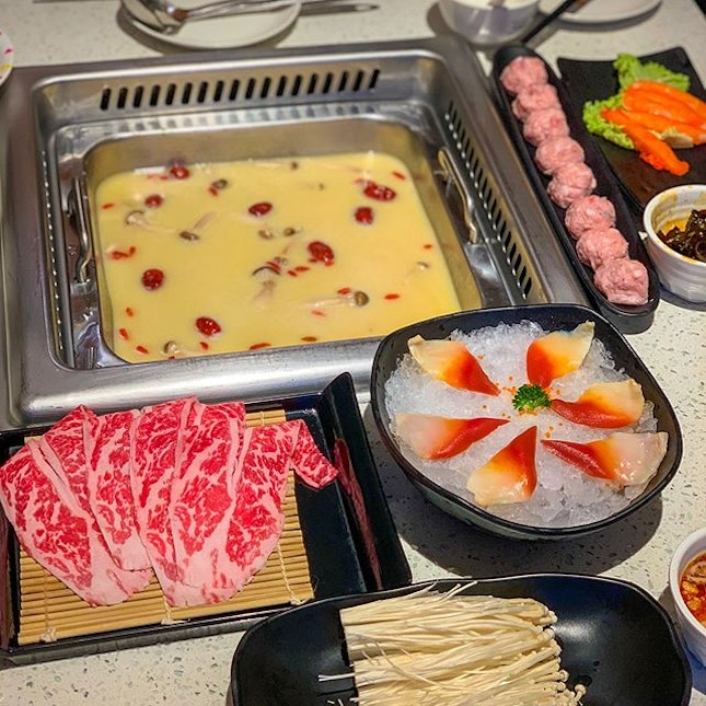 Back to the usual comfort hotpot for a lazy Sunday.