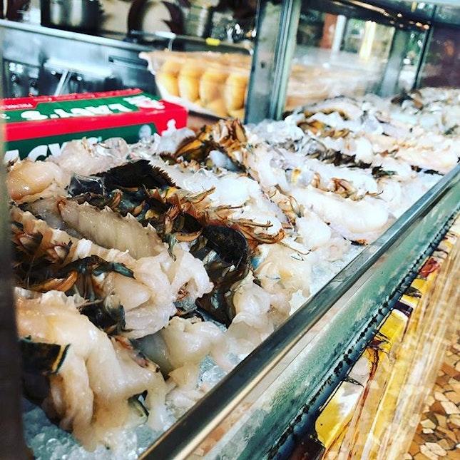 IDEQ: bulk lobster and champagne #burpple #whotel #whotelsg #brunchsg #block80