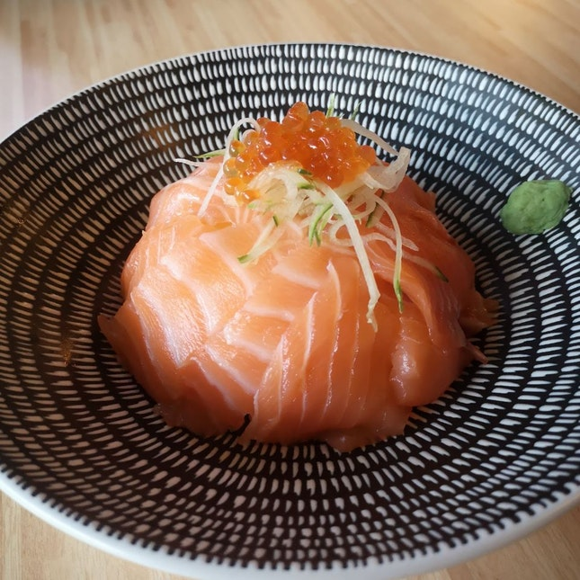 Salmon Ikura Don ($9.90)