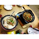 XO fish head noodle & Claypot lou shu fan!