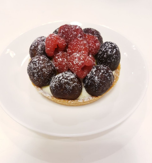 Fresh Raspberry & Blueberry Tart ($8.50)