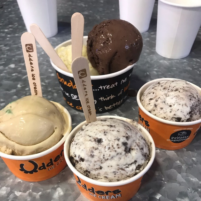 Single And Double Scoops
