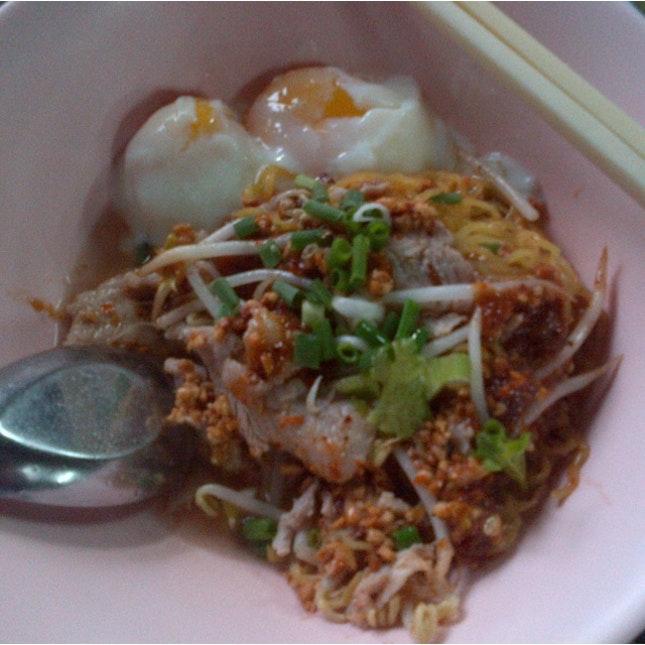 Thai Noodles. Sen Lek.