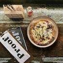 Umbrian Black Truffle Pizza