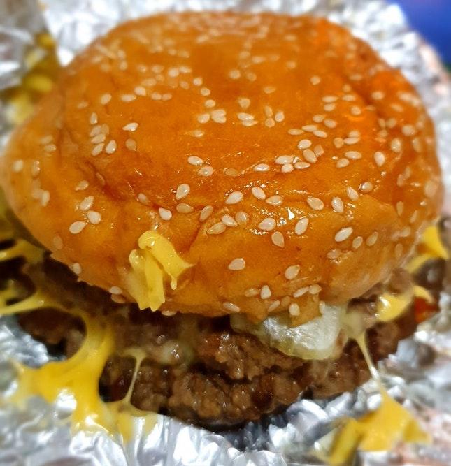 Yummy Bacon Cheeseburger