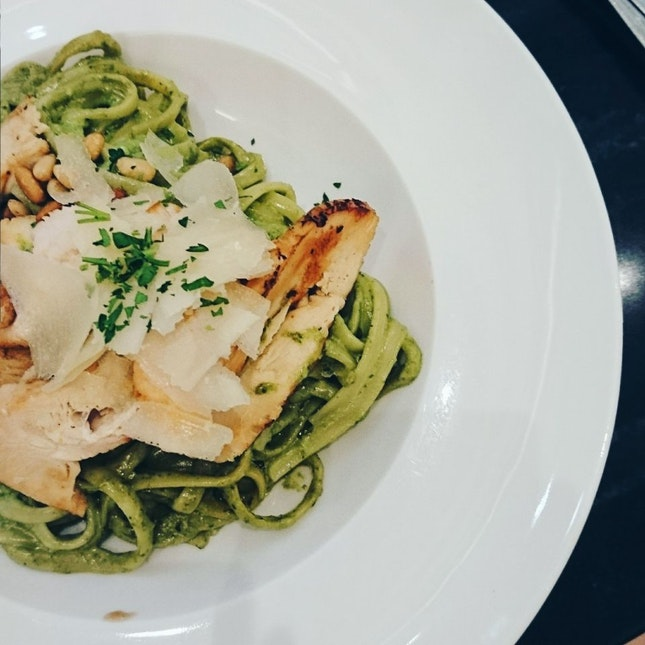Linguine Pesto Chicken