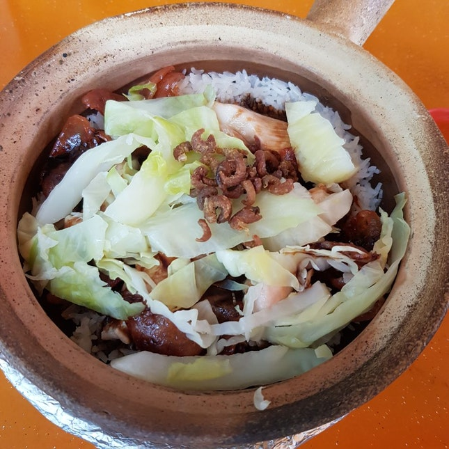Individual Claypot With Juicy Thigh Meat