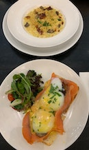 Smoked Salmon Egg Benedict & Mushroom Bacon Mac N Cheese