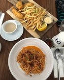 Fish and Chips X Spaghetti Granchio  In a city where space is premium, this place is incredibly spacious and ideal for hangout sessions and such!