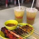 I love myself a good satay every now and then and one of the best I've have had is Sri Geylang Sate over at Satay by the Bay!