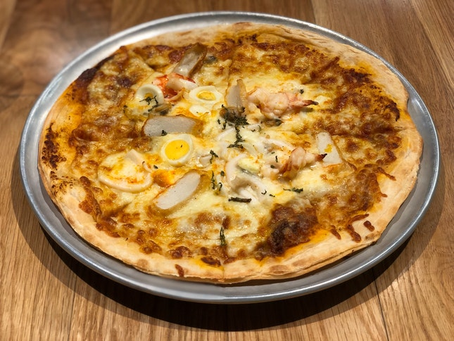 Laksa Pizza ($25)