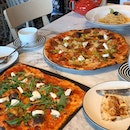 PizzaExpress (Holland Village)