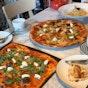 PizzaExpress (Holland Village)