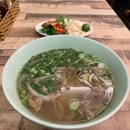 Sliced Beef And Beef Tendon Pho