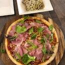 1-1 Truffle Pasta & Parma Ham Pizza