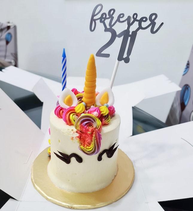 Mini Unicorn Cake ($25 + $5 Cake Topper)