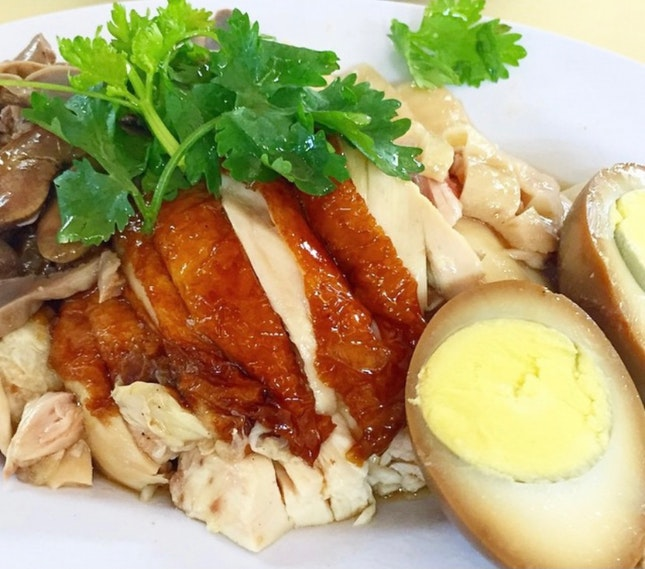 Tender chicken with fluffy Rice!