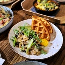 Miso Waffle with Chicken (S$20++) || Walking On Sunshine Cafe