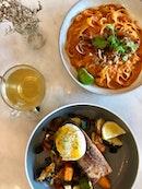 Salmon Madness + Chilli Crab Pasta