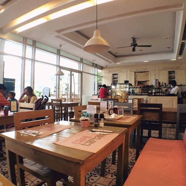 Good Afternoon Wednesday~ #cafe #french #weekday