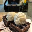 Chocolate Waffles With Yuzu & MSW ice Cream