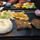 Wagyu Hamburg Steak With Sirloin Steak Rice Set