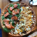 El Liberal & Smoked Salmon Pizza