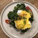 Avo & eggs