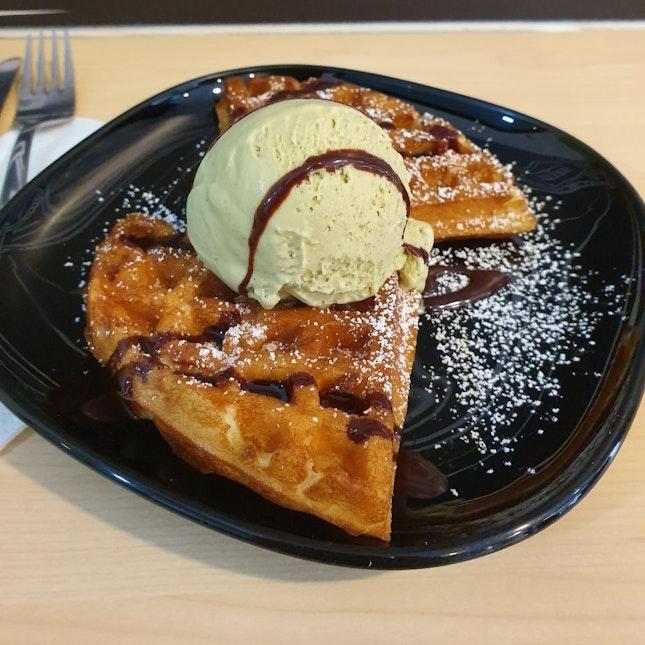 Half Waffles + Single scoop