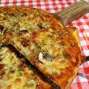 pizza @ buckaroo