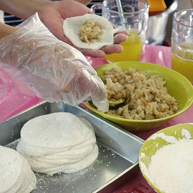 @burpple's journey to the west #tastytastemakertour 1st stop at #jurong #yuhua village - lai heng handmade teochew kueh.