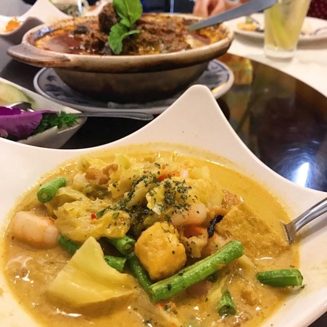 Sayor Lodeh at Singapore's favourite Nyonya restaurant since 1953