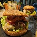 Amazing burgers!!
