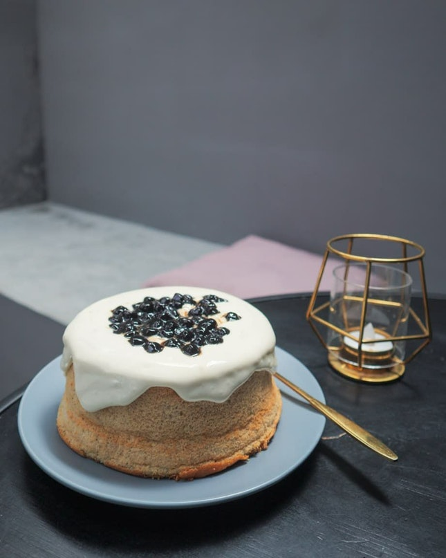 French Earl Grey Boba Cake