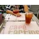 Brunch time at Cafe Tartine starting off with drinks  1) Rose wine 2) Peach Iced Tea  #foodporn #bkktastyroad #bkkmenu #bkkdessert #foodbkk #bkkfood #tastestagram # foodstagram # dailyicious #aroii #aroibkk #thaistagram #bkkfoodie #먹스터그램 #태국먹방 #태국맛집 #방콕먹방 #방콕맛집 #태국여행 #방콕여행 #맛집 #해외여행 #추천 #맛집추천