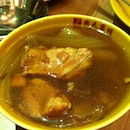 Double-boiled Chicken Soup With Cabbage