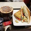 🥪☕ McCafe's Chicken Pesto Ciabatta sandwich with a Mochaccino 😚 .