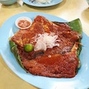 😋Delicious BBQ Stingray (Large S$25) with spicy sambal paste on top .
