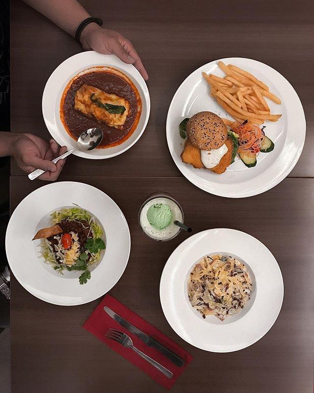 • Go Green Lasagne ( $10.80 ) • Reely Good Fish Burger ( $10.80 ) • Spaghetti Carnonara ( $10.80 ) • Taco Beef Rice ( $10.80 ) .
