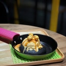 Volcano ( Salted Egg Lava Cookie ) .